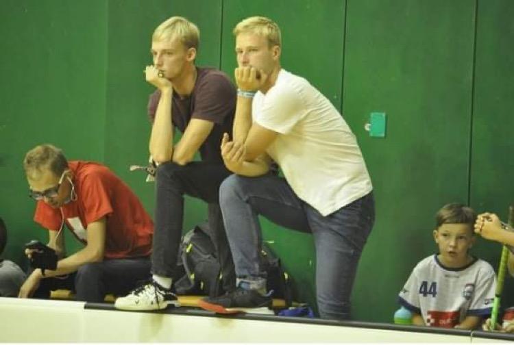 Obrázek 1: Trenéři elévů Igor Macháček (vlevo) a Dominik Palásek (vpravo).