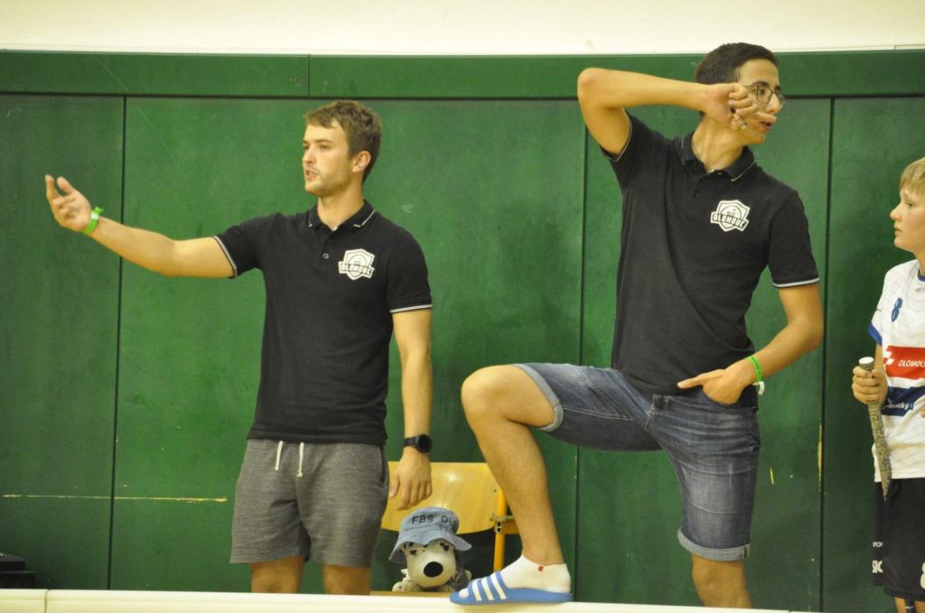 Obrázek 1: Trenéři mladších žáku na Moravian cupu 2020