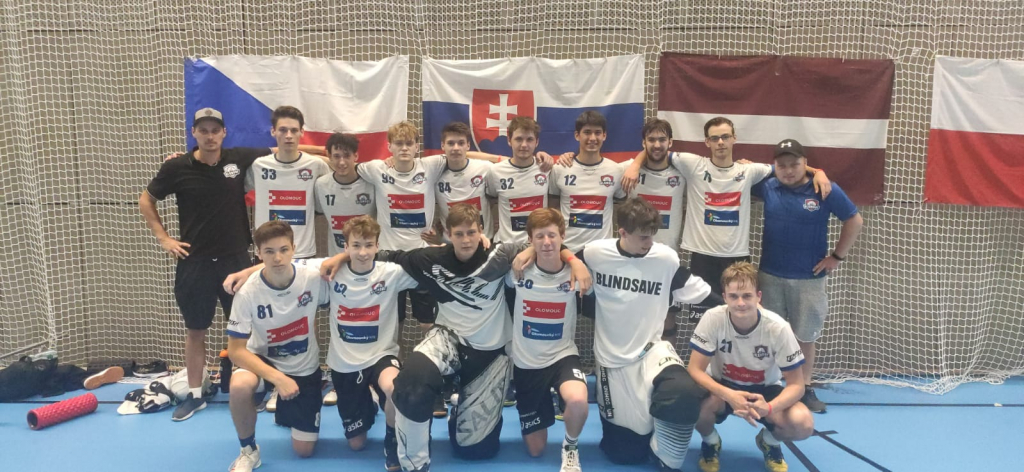 Obrázek 1: Tým juniorů na Prague Games 2021.