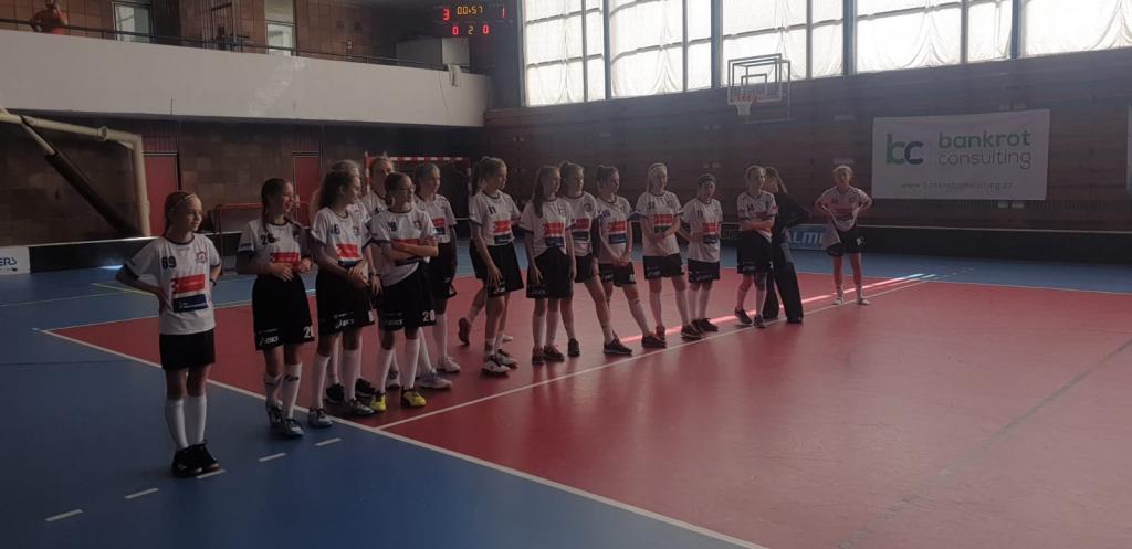 Obrázek 2: Starší žákyně na turnaji v Brně končí druhé.