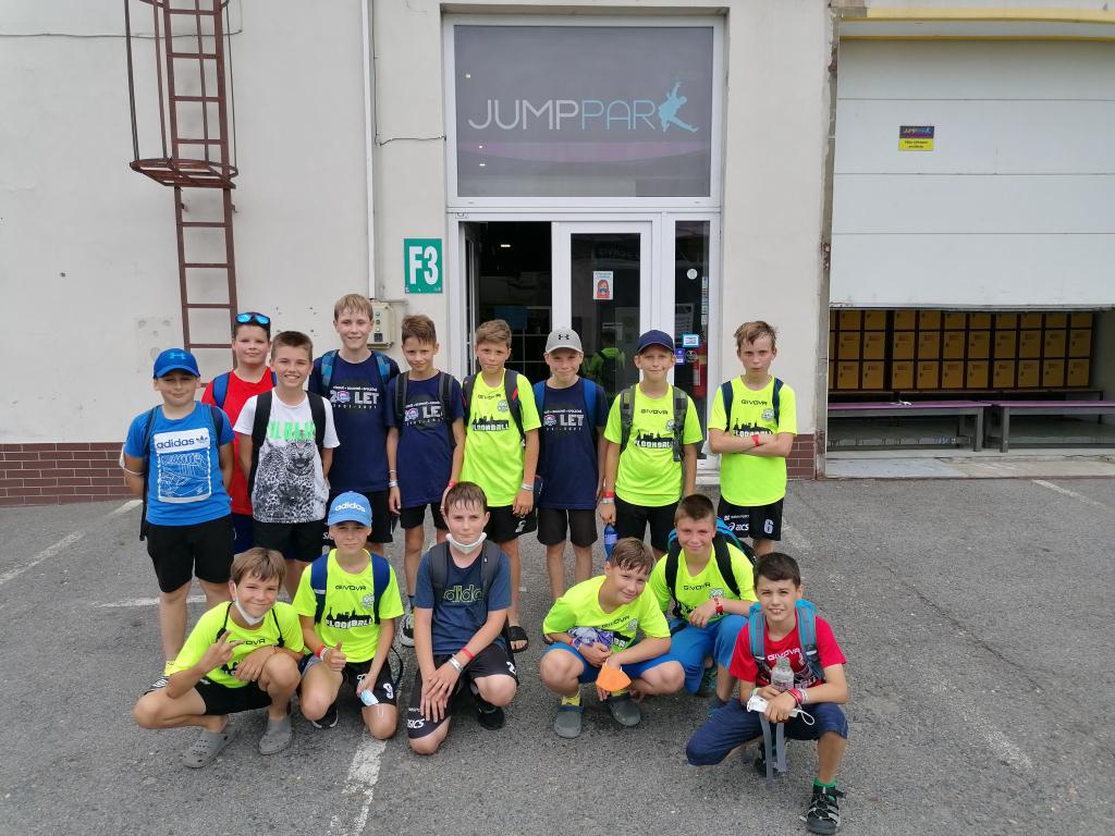 Obrázek 1: Mladší žáci na turnaji v Praze.